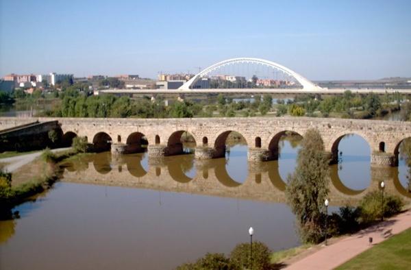 monumentos merida espana