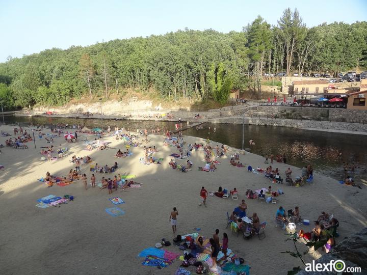 La red social sobre extremadura piscinas naturales en la for Piscinas naturales en caceres