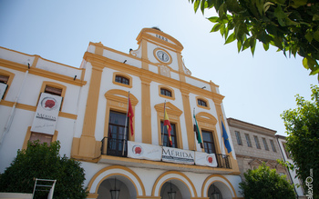 Normal ayuntamiento de merida