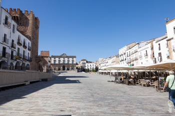 Plaza mayor caceres normal 3 2