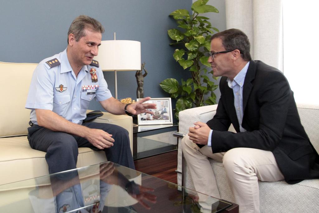 Ba os visita al presidente de la diputaci n de badajoz - Coronel banos ...