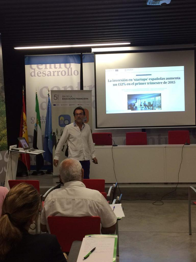 Taller Cultura Financiera - Olivenza photo_2015-10-01_12-57-24