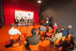 5 x 5 talleres innovacion congreso innocamaras meeting point 2014 extremadura 1 44x0690 dam preview
