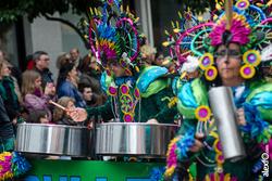 Comparsa la bullanguera desfile de comparsas carnaval badajoz 2014 comparsa la bullanguera desfile d dam preview