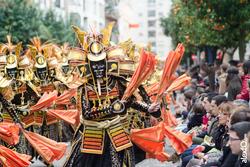 Comparsa los lingotes desfile de comparsas carnaval badajoz 2014 comparsa los lingotes desfile de co dam preview