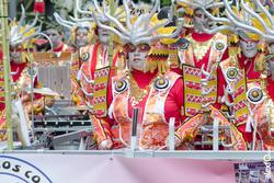Comparsa los colegas desfile de comparsas carnaval badajoz 2014 comparsa los colegas desfile de comp dam preview