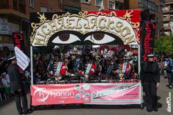Comparsa cambalada desfile de comparsas carnaval badajoz 2014 dca 4847 comparsa cambalada desfile de dam preview