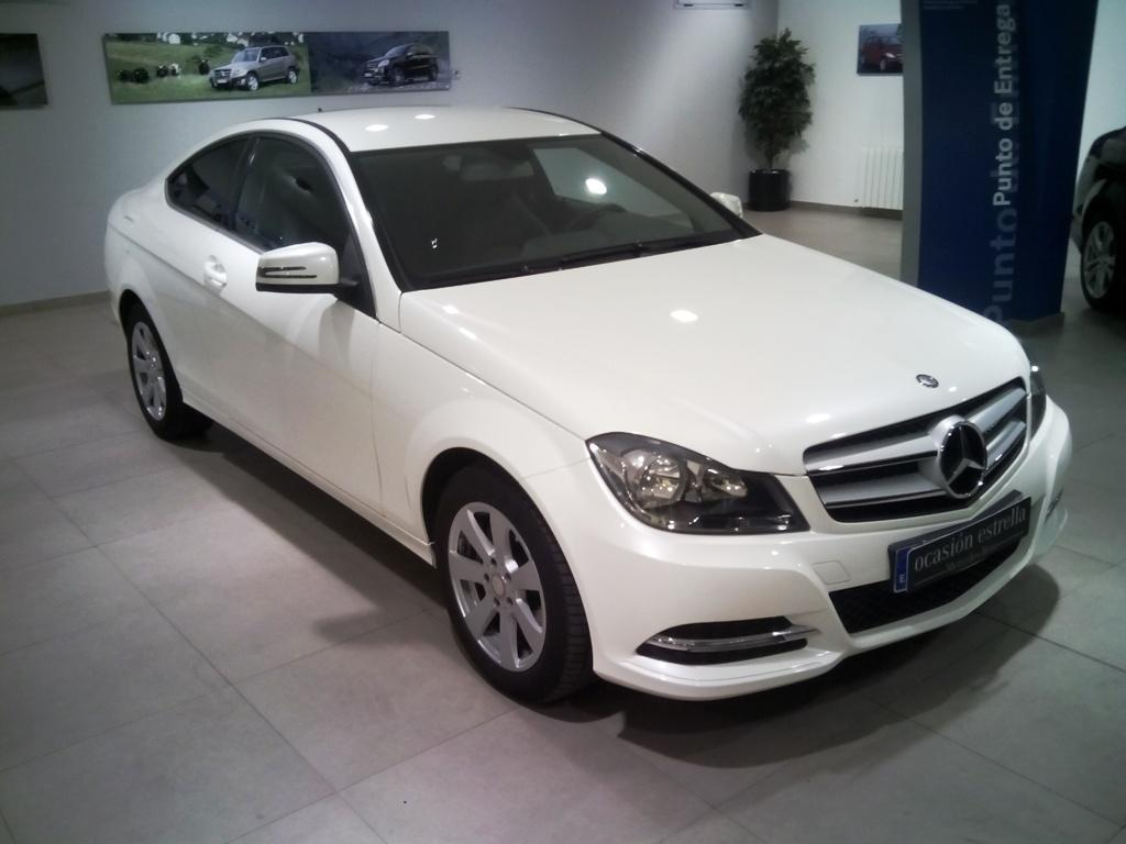 29.900€!!Clase C C220 CDI Blue Efficienc Coches mercedes clase C220 - Concesionario mercedes Benz Badajoz
