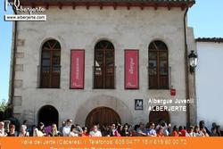 Un albergue en el valle del jerte fachada principal de alberjerte dam preview