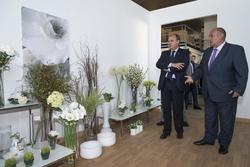 Gobex centro jardineria montecito el presidente del gobierno de extremadura jose antonio monago inau dam preview