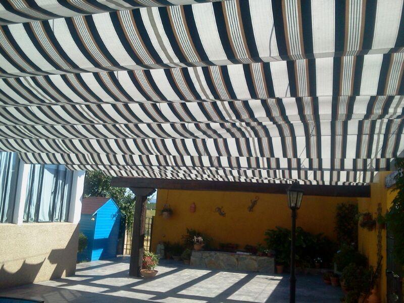 Montaje de toldo de patio extremadura montaje de toldos - Toldos de patio ...