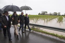 Gobex visita a inundaciones el presidente del gobierno de extremadura jose antonio monago visita las dam preview