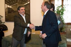 Gobex reunion con los partidos minorita el presidente del gobierno de extremadura jose antonio monag dam preview