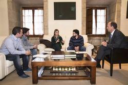 Gobex reunion con consejo de la juventud el presidente del gobierno de extremadura jose antonio mona dam preview