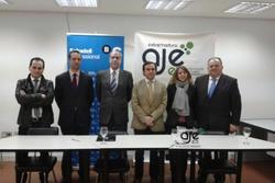 Firma banco sabadell asistentes a la firma del convenio con banco sabadell dam preview