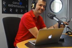 Entrevistas sobre la red social alejandro barredo en canal extremadura radio para el programa nunca  dam preview