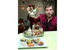 Cocina tradicional arabe el te con hierbabuena y dulces arabes dam preview