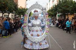 Comparsa caretos salvavida con payasos y alegria desfile de comparsas carnaval de badajoz dam preview