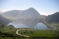 Viajes lagos de covadonga dam preview