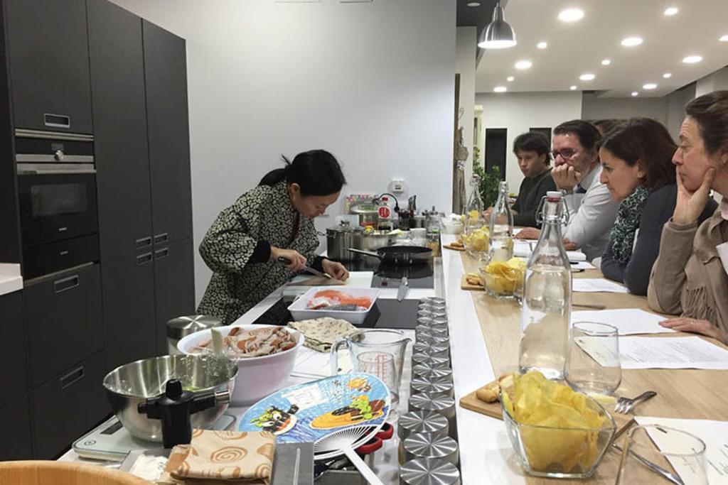 Fotos de curso de cocina japonesa s bado fotos for Cursos de cocina en badajoz
