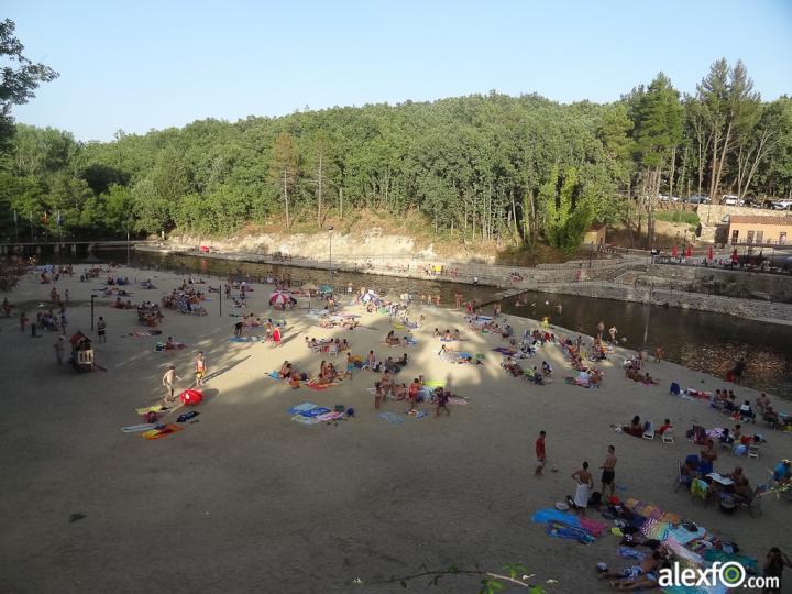 La red social sobre extremadura piscinas naturales en la for Piscinas naturales cerca de caceres