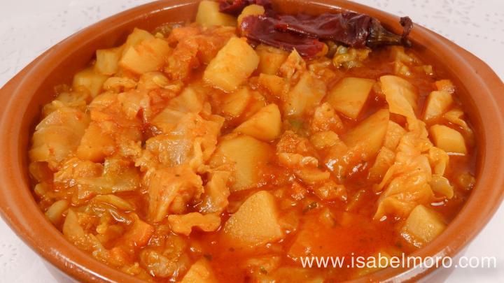 Cazuela de patatas y repollo a la extreme a productos de for Cocinar repollo con patatas