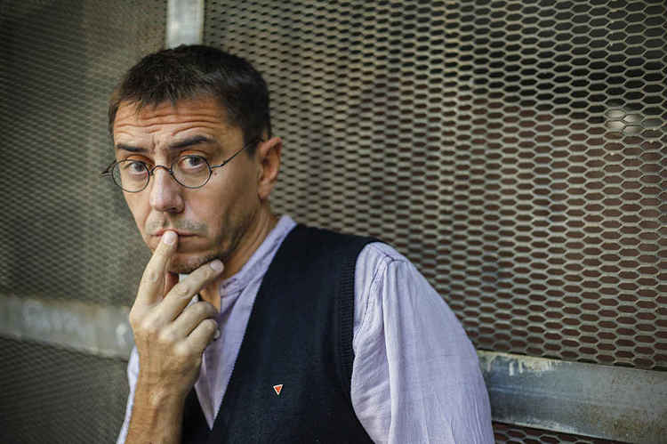 Normal conferencia de juan carlos monedero en badajoz 75