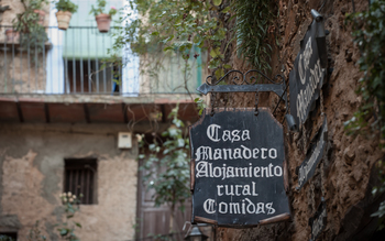 Normal apartamentos rurales casa manadero