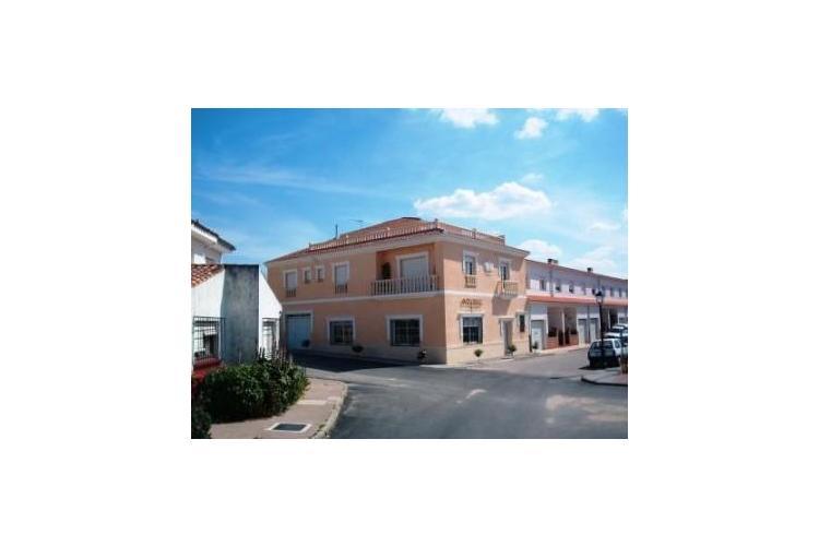 Agencia inmobiliaria r stica mont nchez extremadura com for Agencia inmobiliaria