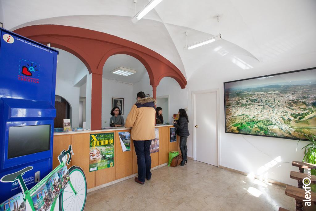 Oficina de turismo de jerez de los caballeros for Oficina de turismo de caceres