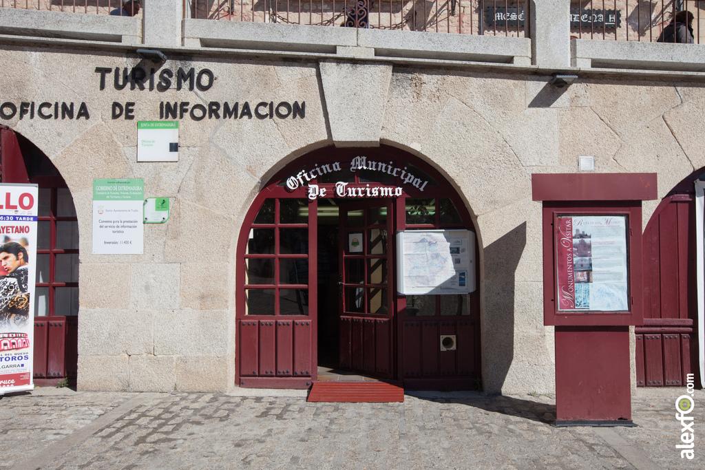 Fotos de oficina de turismo de trujillo fotos for Oficina de turismo plasencia